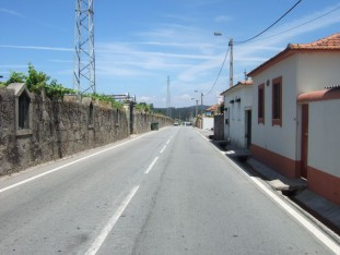06 The road out of Vilarinho