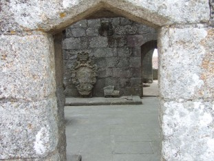 41 Ruins of the 15th century palace of the Counts of Barcelos